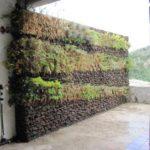 Giardino Verticale con Gabbioni Metallici