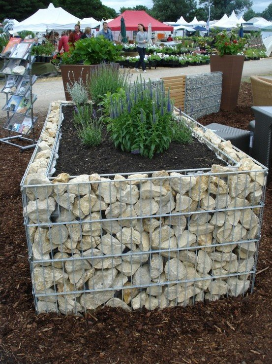 Gabbioni per arredo giardino e barriere antirumoreinerteco for Arredo giardino