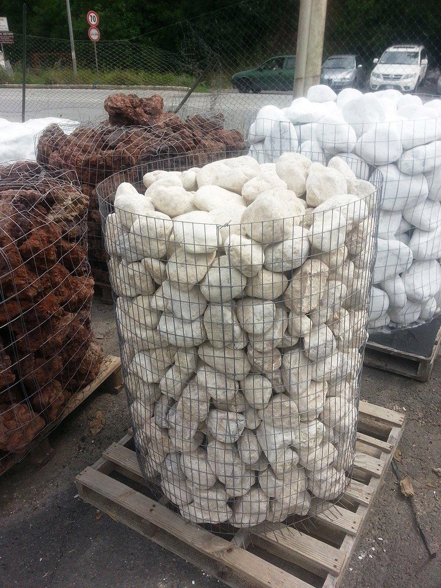 Forno a legna con sassi di fiume decora la tua vita for Sassi finti per giardini