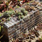 arredo giardino con Piante inserite in Gabbioni Metallici