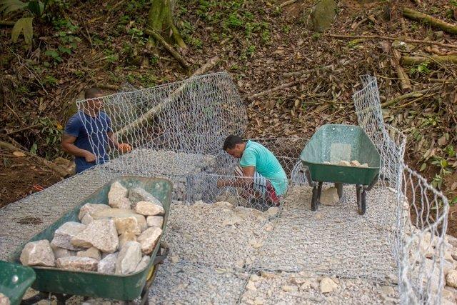 seychelles-gabbione-diga-fiume-02